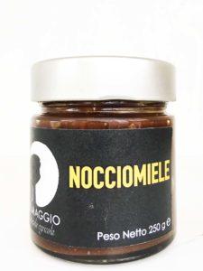 Crema spalmabile a base di miele millefiori dell'azienda agricola Il Maggio e pasta di nocciole piemontesi da coltivazione biologica
